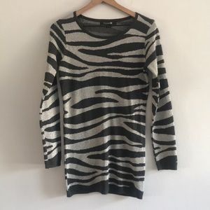 NWOT Forever 21 Sweater Long Sleeve Size SP